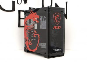 Corsair kabinet med MSI custom UV print